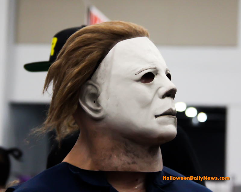 Michael Myers Goes To Comicon [Video / Photo Gallery - Michael Myers 2017
