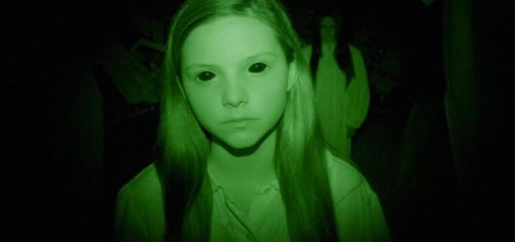 chloe-csengery-as-katie-in-paranormal-activity-3 ...