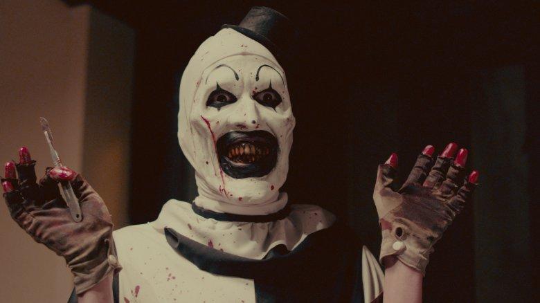 art the clown returns in new terrifier red band trailer