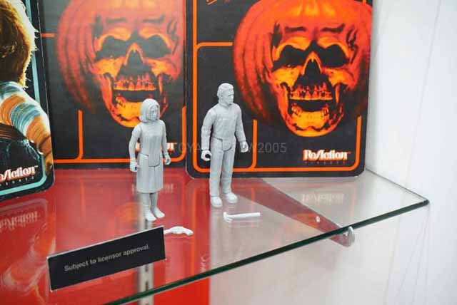 New Halloween 2020 Michael And Laurie Super7 Announces Michael Myers and Laurie Strode ReAction Figures